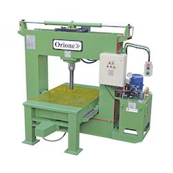 100 Ton Hydraulic Roll Bed Press