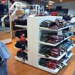 T Shirt Display Rack