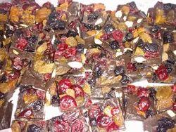Callebaut Cube Fruit & Nut Fudge Dark Chocolate