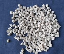 LD White Grenul, For Plastic Industry, Packaging Type: Poly Bag