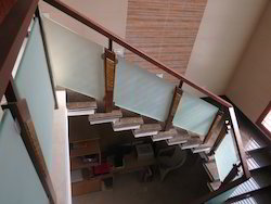 Home Elevation Handrail - Modern Wooden Staircase ...