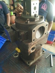 Ship hydraulic pump service