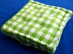 Woven Yarn Dyed Green Checks Cushion, Size: 50 X 50 Cm