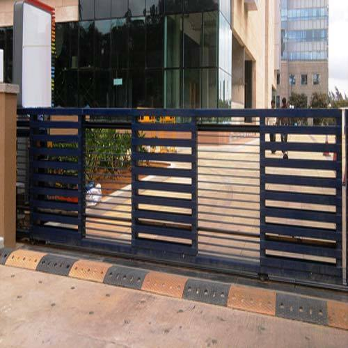Black Iron Sliding Gates Rs 700 Square Feet Varsha