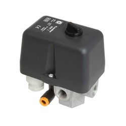 5 A Black Air Compressor Pressure Switch, For Automotive, Contact System Type: SPDT