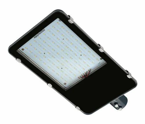 Led Light Fittings Price: 100 Watt LED Street Light Housing, 100 वॉट एलईडी स्ट्रीट