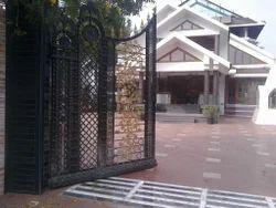 Sliding Black Casting Iron Gate, For Residential