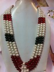 Multi Colored Pearl Neckpiece