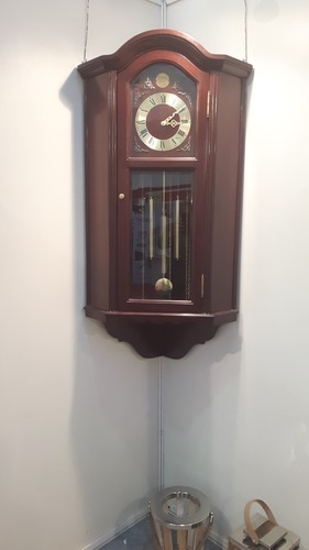 Wall Clock Corner At Rs 12000 Piece Wooden Wall Clock