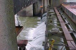 Vertical Lift Dam Gate