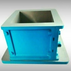 ISI Marked Cube Mould