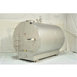 Bulk Milk Cooling Tanks