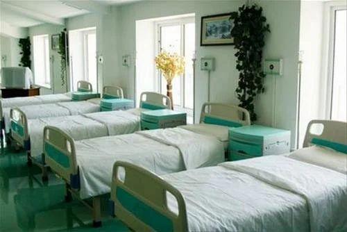 Charmant Cotton Hospital Bed Sheet, Size: 5 X 7.5 Feet
