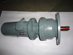 Cast Iron Flange Mounting Inline Helical Gear Motors, Voltage: 380 V