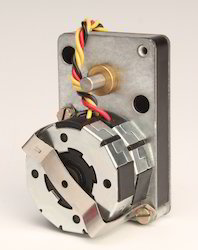 Miniature Reversible Geared Synchronous Motor