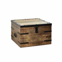 Industrial Mango Wood Rustic Finish Storage Box, Box Capacity: 41-50 Kg