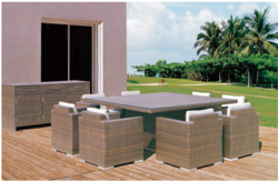 Family Style Outdoor Wicker Dining Table Set