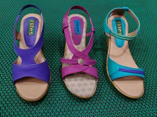 9013be99b58 Manufacturer of Ladies Slippers & Ladies Sandals by Lites Footwear ...