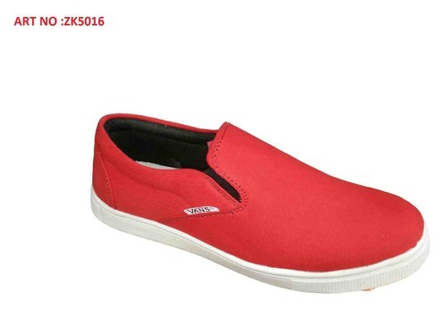 Red Color Loafers at Rs 220/piece