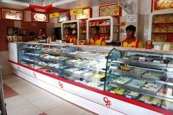 Cake Display Counter Suppliers Manufacturers Amp Traders