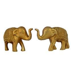Animal Decorative Elephant Pair In Golden Finish Made In Brass, For Interior Decor