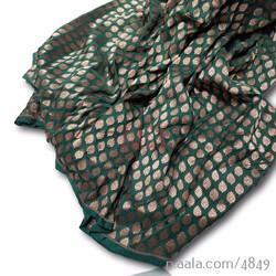 Silk Brocade Fabrics, Use: Textiles and Garments