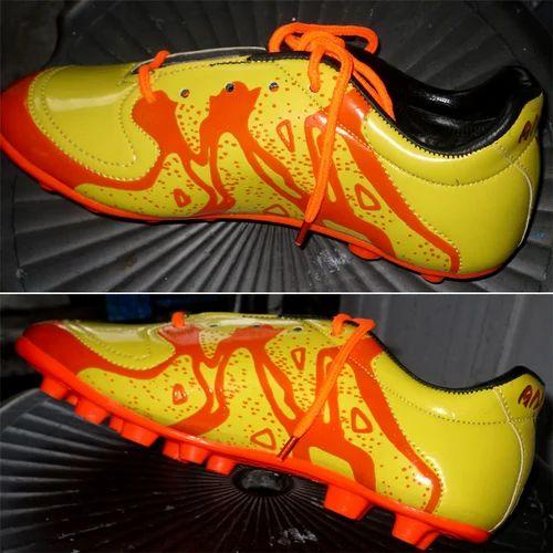 Olympia Muon Neutrino Football Boot