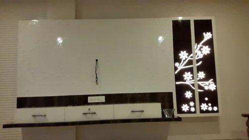 Acrylic Display Interior Service