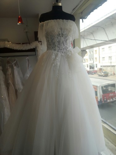 Chiffon And Net Medium Short Sleeves Wedding Gown