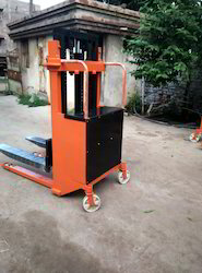 Industrial Pallet Stacker