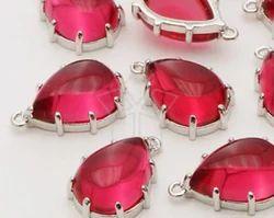 Prong Set Red Quartz Bezel Pendant