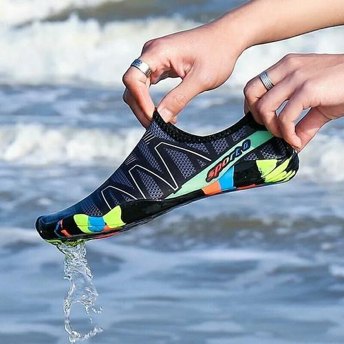 Waterproof Shoes at Rs 1288/pair
