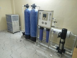 Semi-Automatic FRP/SS Packaged Drinking Water Plant, 1 And 4