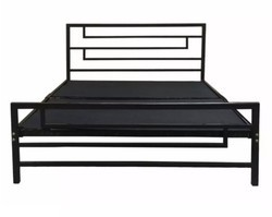 V2 Fabrication Metal Bed, Size: 6 x6 Feet