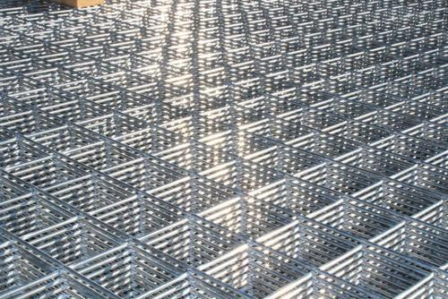 Stainless Steel Welded Wire Mesh, SS Welded Mesh - Sieves India ...
