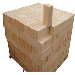 Ractangular Heat Resistant Fire Clay Bricks, Size: 9 x 4.5 x 3, Size (Inches): 9 Inc X 4.5 Inc X 3 Inc
