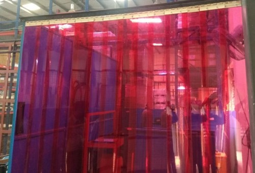 Red Welding PVC Strips Curtain, Packaging Type: Box