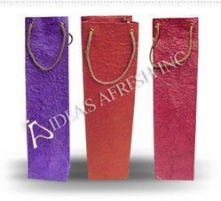 Wine_Bags in Metallic Leather Textured Paper