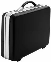 VIP Cityline Briefcase Jet Black