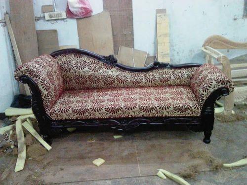 Diwan sofa set chennai sofa the honoroak for Vintage divan sofa