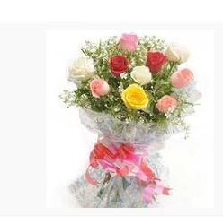 12 Mixed Roses Flower Bouquet