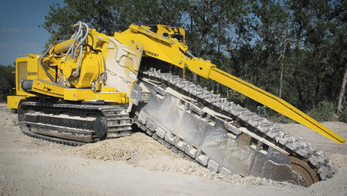 Pipeline Trench Digger Machine, Excavator And Earth Moving Machinery