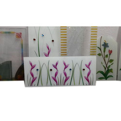 Multicolor Printed Glass, For Home,Window, Thickness: 5 Mm