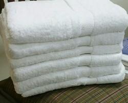 White Cotton Hotel Bath Towels, Size: 30