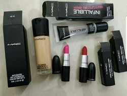 Mac Beauty Cosmetics Set