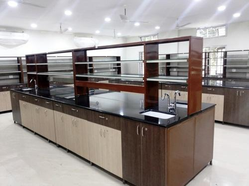Laboratory Instrument Table Manufacturer from Nagpur