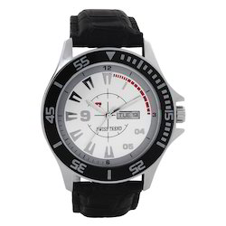 Round Swiss Trend Sporty Look Mens Watch With Date