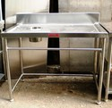 Solid Dish Landing Tables