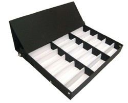 Optical display tray