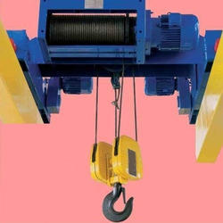 ELFAB With Trolley Industrial Rope Hoists, Capacity: 1-3 ton